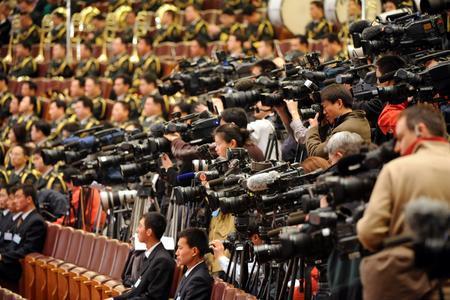 记者采访现场